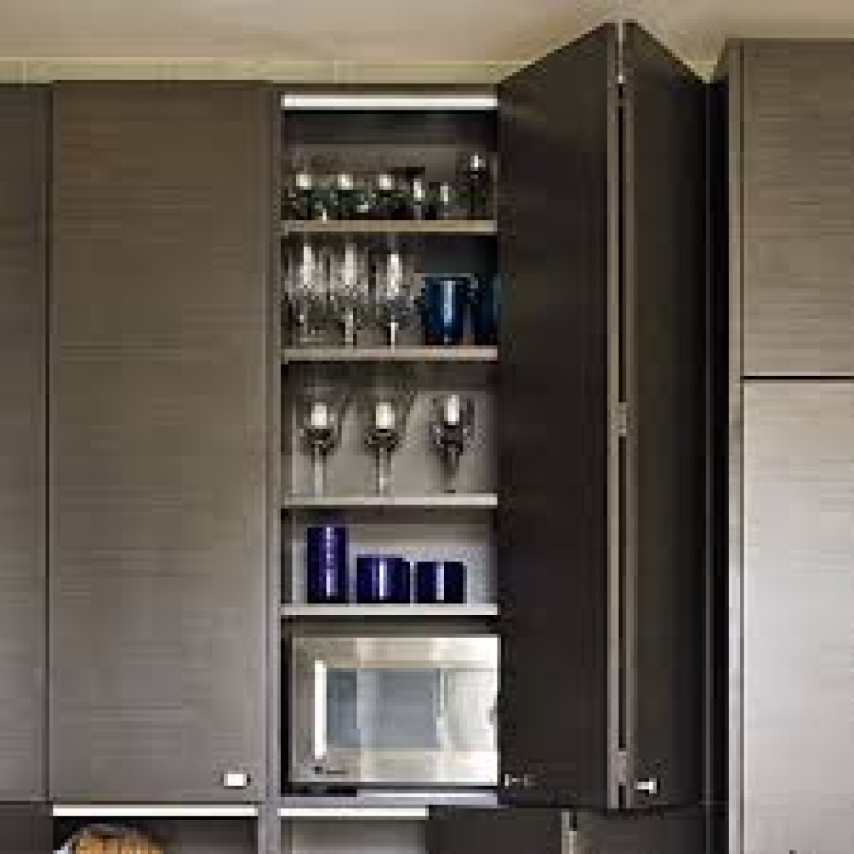 Image of: Bi Fold System West Vivo Systems Solutions For Kitchen Wardrobes